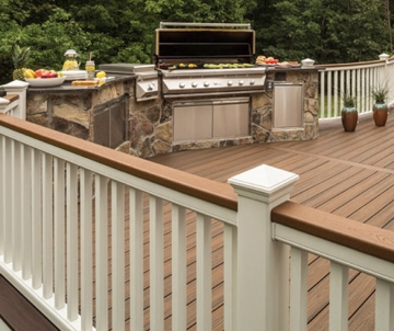 5 Questions to Ask When Hiring a Decking Contractor