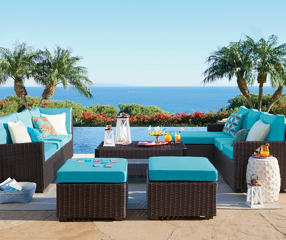 Outdoor deck furniture overlooking the ocean - 13143