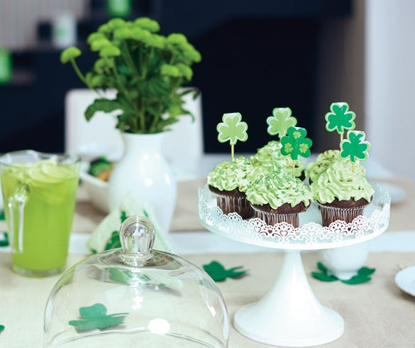 Host a St. Patrick's Day Party with Style - 13139