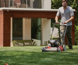 4 Simple Steps to a Lawn Mower Tune-up