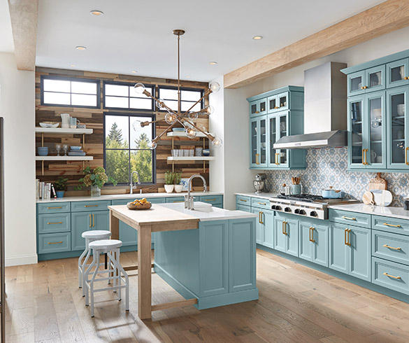 Colorful Kitchen Inspiration: 5 impactful, on-trend cabinet stylings -15438