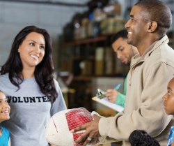 5 Ways to Support Your Community this Holiday Season