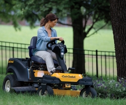 If You Know Zero About Zero-Turn Mowers, Here's What You Need to Mow