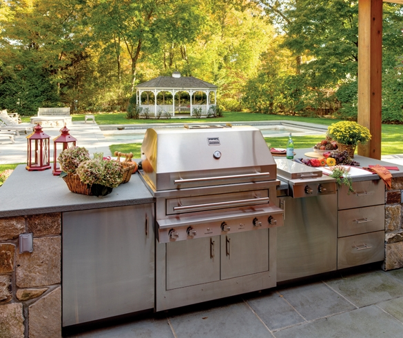 Smart, Stylish Designs for Outdoor Kitchens - 13257