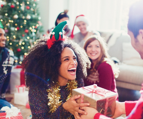 Get Ready to Sparkle: Tips for being the ultimate holiday host - 14025