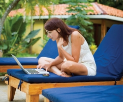 Benefits of a Digital Detox During Summer Travel